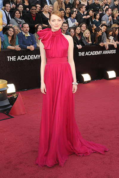 Oscars red carpet: Emma Stone in Giambattista Valli