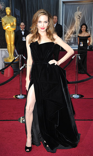 Oscars dresses: Angelina Jolie