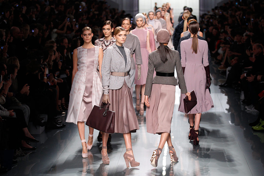 Paris fashion week : Christian Dior and Roland Mouret – in ...