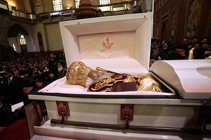 Redd Foxx Funeral Casket Alltogetherinfo