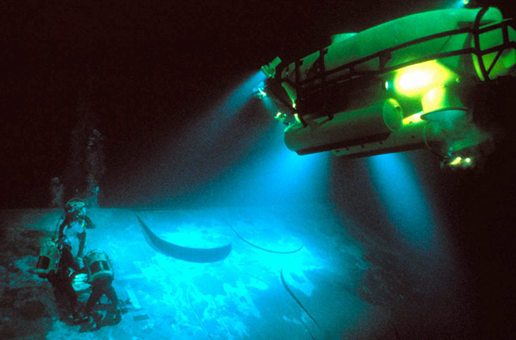 James Cameron Dives Into The Mariana Trench In Pictures