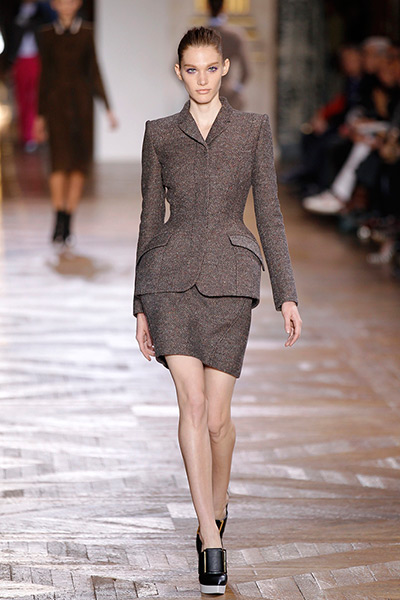 Paris - Stella McCartney: A model presents a creation by Stella McCartney during Paris Fashion Week