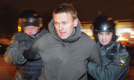 Alexei Navalny getting arrested