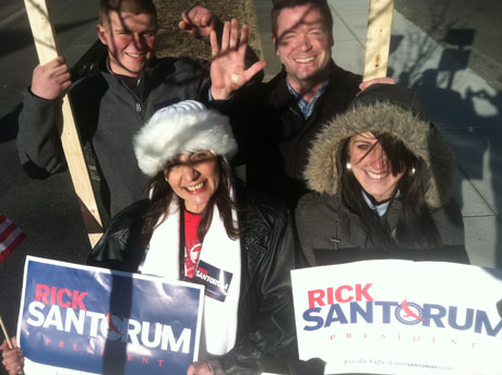 Rick Santorum volunteers on Boston Common, Boston
