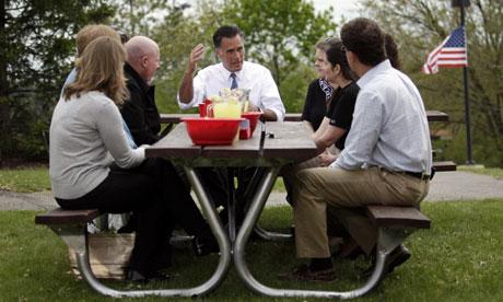 Mitt Romney meets voters at picnic
