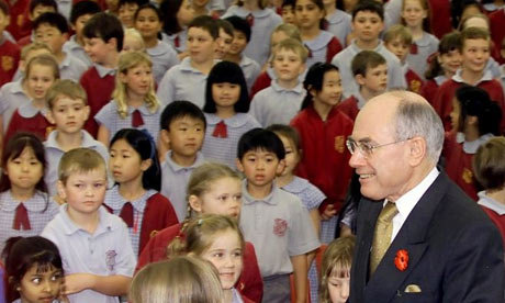 John Howard visiting a primary school in Sydney