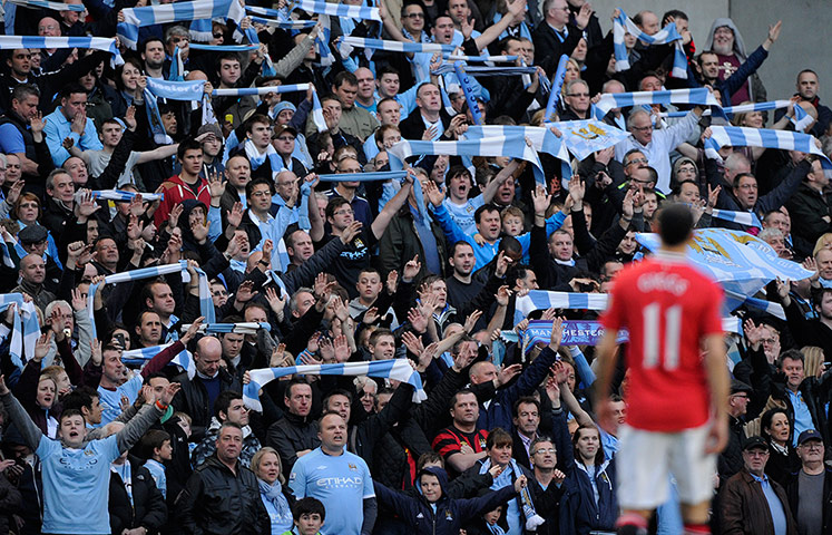 http://static.guim.co.uk/sys-images/Guardian/Pix/pictures/2012/4/30/1335822731918/Man-City-v-Man-Utd-018.jpg