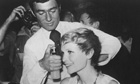 Vidal Sassoon cuts Mia Farrow's hair