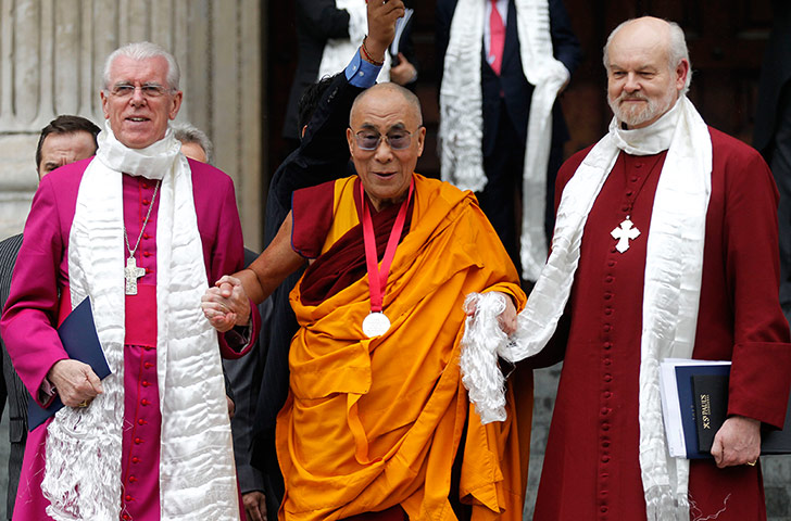 Dalai Lama visits UK: Dalai Lama, Richard Chartres, Michael Colclough