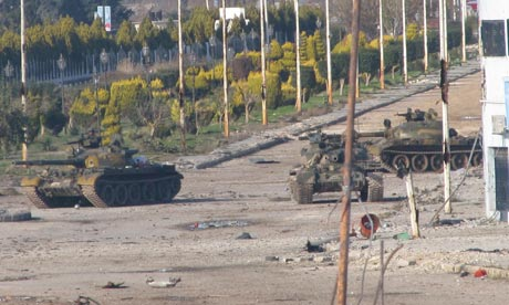 Syrian tanks in Bab Amro, near Homs