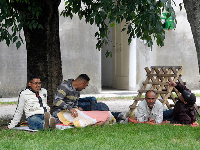 earthquake in italy: People rest outdoors after evacuating their homes in Finale Emilia
