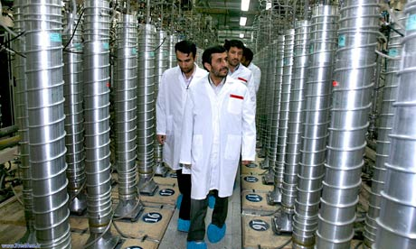 Mahmoud Ahmadinejad tours the Natanz enrichment facility