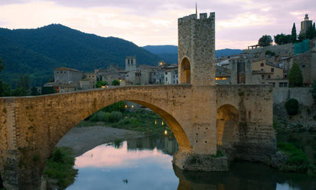 Medieval bridge over the Fluvia river.Besalu. La Garrotxa . Girona province. Catalonia . Spain