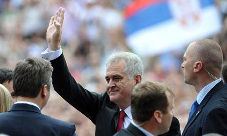 Президент Сербии отрицает геноцид в Сребренице