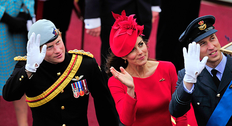 Jubilee Thames pageant: Prince Harry, Duchess of Cambridge and Prince William wave