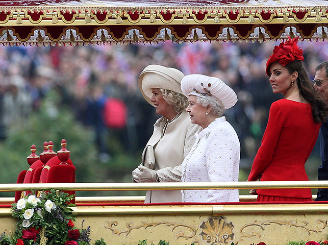 Jubilee Thames pageant: Queen Elizabeth, Duchess of Cornwall and Duchess of Cambridge