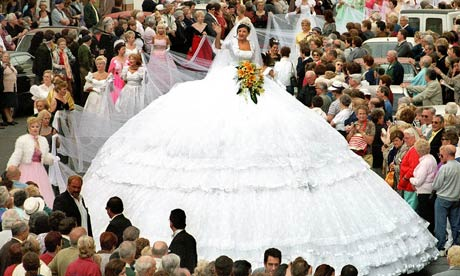 wedding frock of world beating proportions, used as a promotion in