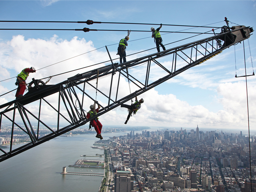 Inspection of a crane being used in the construction of 1 World Trade Centre