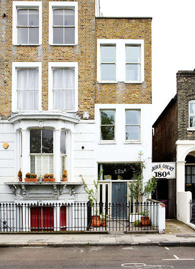 How To Make A Narrow House Feel Bigger Life And Style