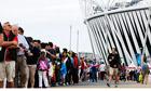 queues-atheletes'-families