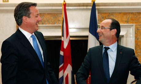 David Cameron and François Hollande at the end of their meeting at the British ambassador's residence in Washington in May.
