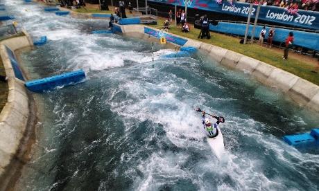 Great Britain's Richard Hounslow paddles the Kayak Single K1 course