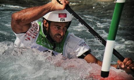 Italian Daniele Molmenti paddles his way to win Gold in the Mens's Kayak