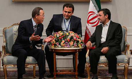 Ban Ki-moon speaks with Iran's President Ahmadinejad
