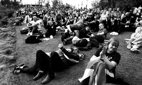 Some spectators at Park Live had no qualms about snuggling up to each other to watch the sport.