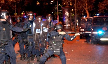 Police in Madrid firing rubber bullets