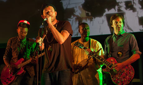 Damon Albarn and Paul McCartney play with Africa Express