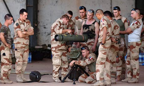 French soldiers weapon training, Bamako