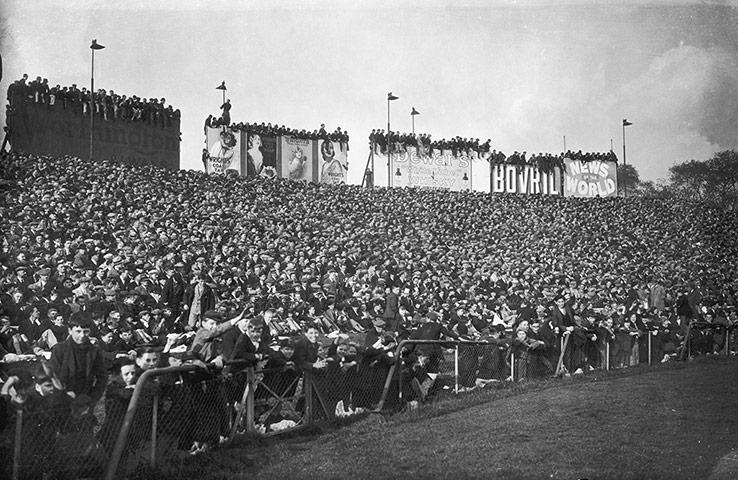 Stamford-Bridge-Fans-011.jpg