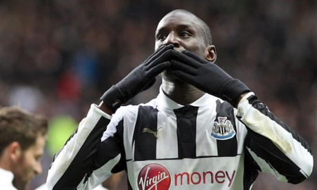 Chelsea's Demba Ba kisses goodbye to Newcastle fans ...