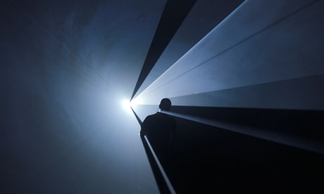Anthony McCall's You and I Horizontal