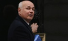 Iain Duncan Smith, the work and pensions secretary, is opening the welfare benefits uprating bill debate.