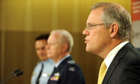 Scott Morrison (right), Tony Negus and Air Marshal Mark Binskin