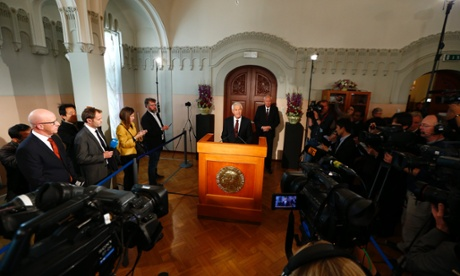 The chairman of the Nobel committee, Thorbjørn Jagland, announces, the winner in Oslo.