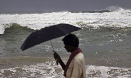 Indians have been warned to seek shelter as cyclone Phailin approaches.