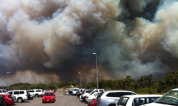Bushfire Williamtown airport