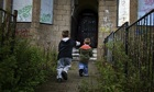 households lone breadwinner biggest group poverty uk