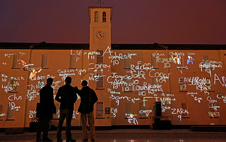 Texto en los edificios