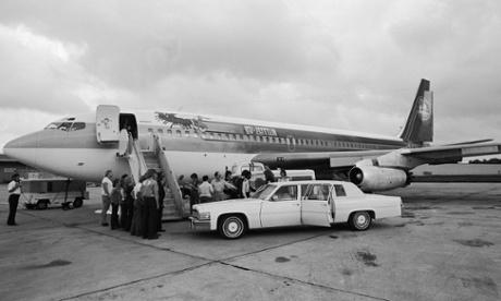 Boarding the Led Zeppelin aeroplane