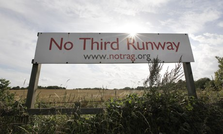 Banner protesting against third runway