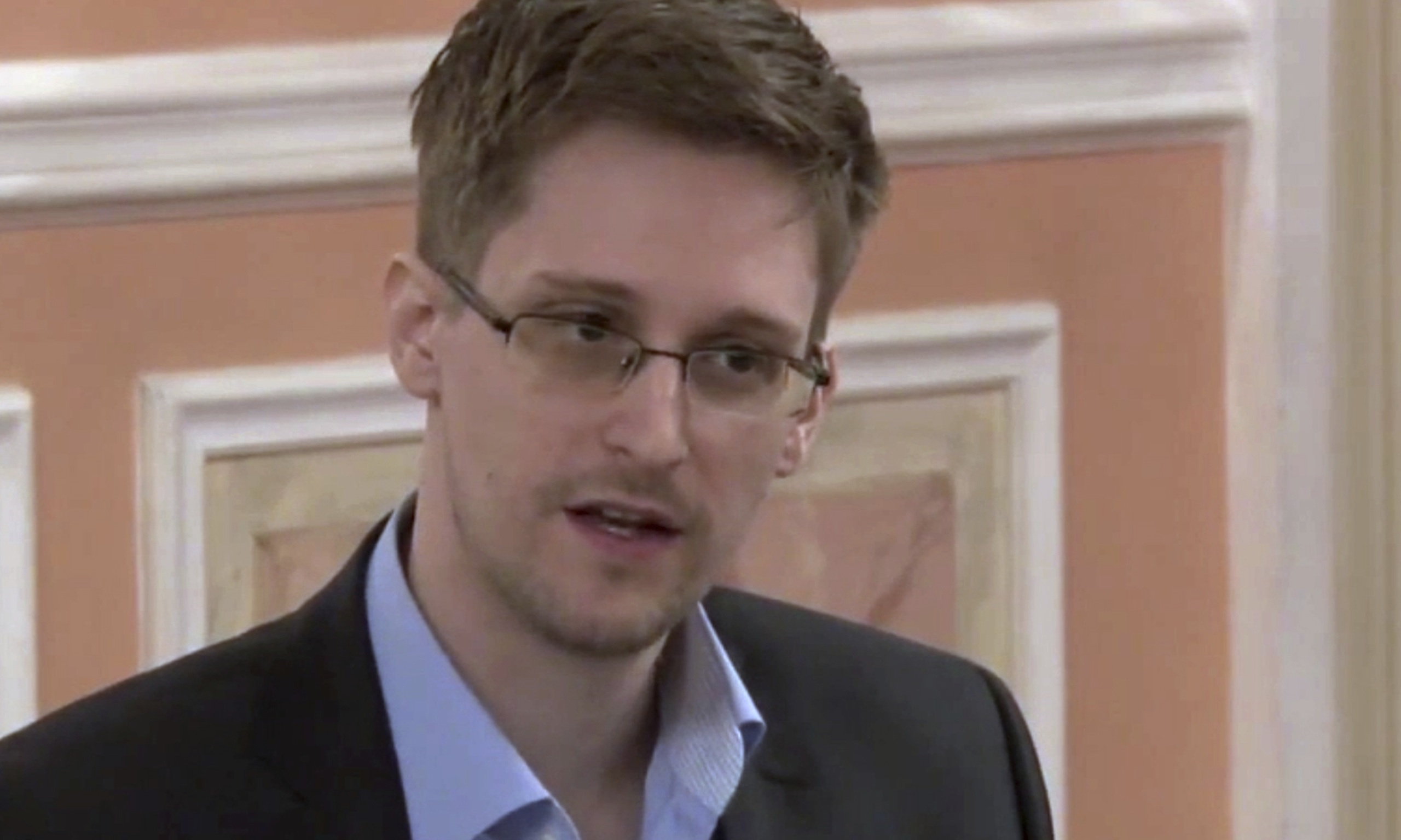 Edward Snowden offers to help Brazil over US spying in return for asylum | US news | The Guardian - Edward-Snowden-014