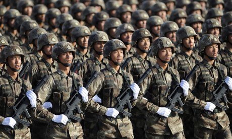 Demonstração de poder ... soldados do Povo Chinês Exército de Libertação (PLA) Forças de Operações Especiais.