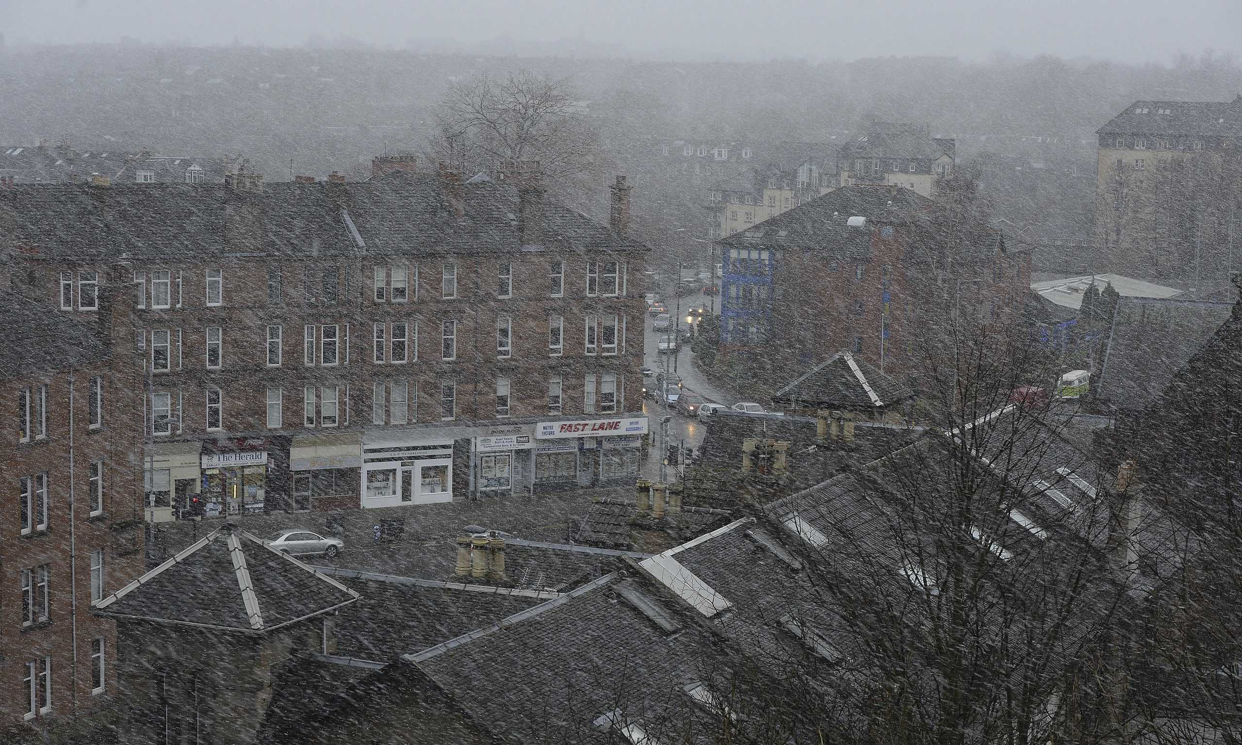 scotland starts to clear up damage left by 100mph winds