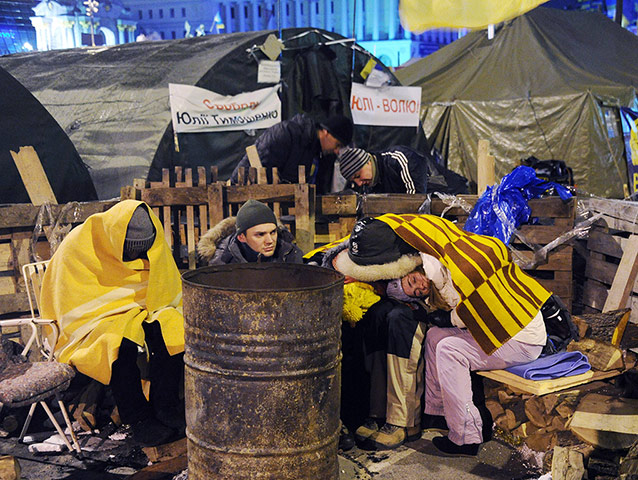 Ukrainian protests people sleep in the camp