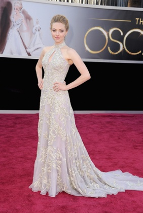Amanda Seyfried arrives at the Oscars