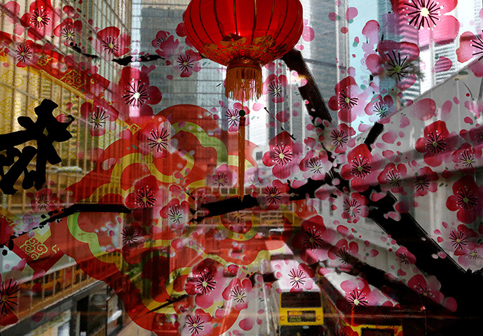World news in pictures page 798 the - Lunar new year decorations ...